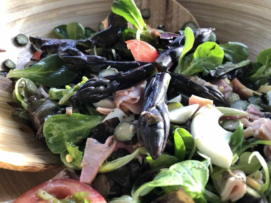 Toscaanse paarse aspergesalade